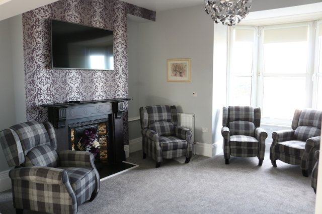Cartref Croeso Residential Care Home - lounge
